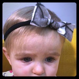 Other - Simple geometric bow headband
